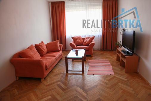 Prenájom 2 izbový byt Nitra - Dlhá ul.